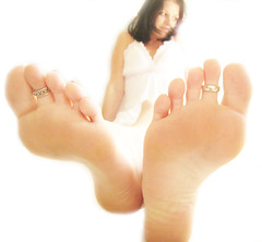 you walk all over me...... (*Kristene) Tags: light white feet silver different thankyou view bright rings than sheet much onwhite edit xoxox kristene explored futab noraml