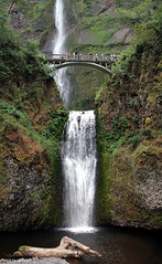 Multnomah Falls (Patrick Dirden) Tags: water rock oregon waterfall moss pacificnorthwest multnomahfalls basalt columbiarivergorge multnomahcounty columbiarivernationalscenicarea