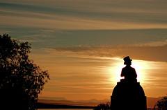 Graaf Reinet, Voortrekker monument statue (pho_kus) Tags: southafrica graafreinet sunsetstatue