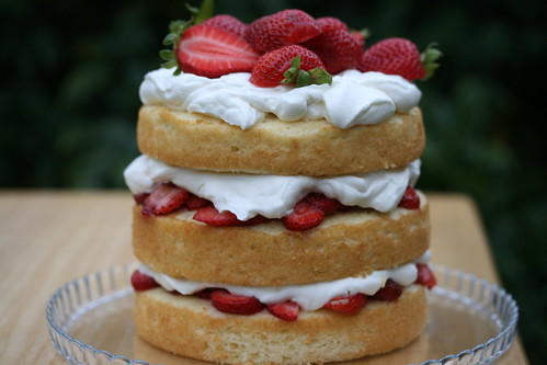 Whole Foods Strawberry Shortcake Review