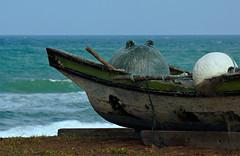 The sea is getting rougher (_DSC7691) (Fadzly @ Shutterhack) Tags: sea hot asian boat fishing nikon marine asia zoom bokeh telephoto malaysia tropical tropic asean terengganu equator humid mys  maleisi   sigmaapo70200mmf28exdghsm nikonstunninggallery shutterhack