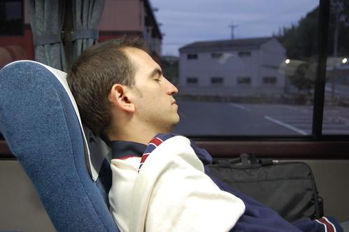Paso 3 - Sueñecito en el bus