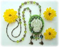 Lakshmi (Lidia Luz) Tags: necklace beads handmade embroidery crochet jewelry bijoux bijuteria jade murano cristal colar sachet bijouteria crochê lakshimi lidialuz