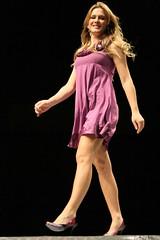 GFW - Goinia Fashion Week 2008 (Robson Borges) Tags: brazil sexy fashion brasil mulher moda modelo sensual desfile linda bonita evento pernas pblico bela cabelo vestido goinia famosa sapato gois roupa sandlia andar passarela celebridade vaidade gfw personalidade fiorellamattheis robsonborges