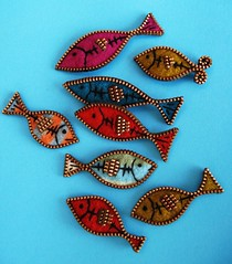 Little zipper fish!! (woolly  fabulous) Tags: fish wool recycled felt pins zipper brooches ecofriendly