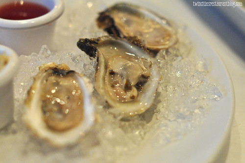 Fresh Raw Oysters at McCormick & Schmicks ~ Minneapolis, MN