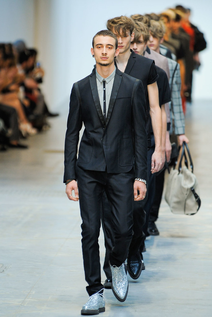 SS12 Milan Costume National Homme031(VOGUEcom)