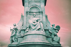 (everythingsgross) Tags: uk pink england london monument statue angel angels vision:text=0645 vision:outdoor=0864