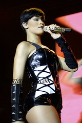 rihanna russia concert pictures2