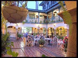 Cotacachi-Hotel-breakfast