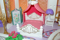 Playmobil Castle Bedroom (raining rita) Tags: castle kitchen miniatures bedroom king princess spires balcony toads prince steeple stairway queen frogs attic crown yardsale parlor playmobil