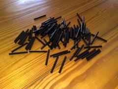Pajitas Cortadas (SnapNikon) Tags: black color horizontal diy straws pajitas strobist