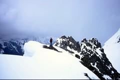 Steve on the Ridge (Dru!) Tags: canada bc britishcolumbia slidefilm ridge alpine chilliwack northcascades cornice cascademountains fraservalley fujisensia100 alpinist canadianborderpeak stemalot skagitrange slessecreek tamihicreek pentaxespio95wr