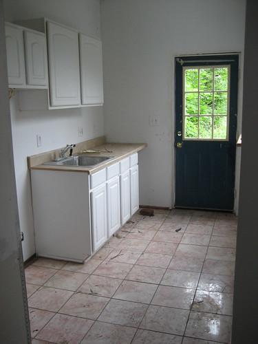 06_-_Kitchen