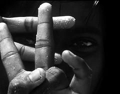 click (Monia Sbreni) Tags: blackandwhite bw india blancoynegro asian blackwhite asia child bn indie orissa bianconero biancoenero puri blancinegre blanconegro bambino moniasbreni