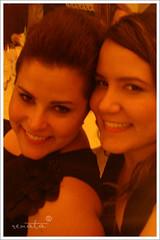 Sisters (renata ®) Tags: sisters quebragalho cybershotn1 onceaslrloveralwaysaslrlover ihatecamerasthatarewaytoolight máquinaprálevarnabolsinha