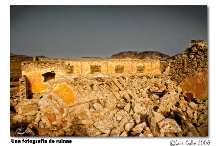 una fotografía de ruinas copia