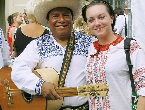 Мексиканець і українка