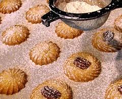 sugaring spritz cookies