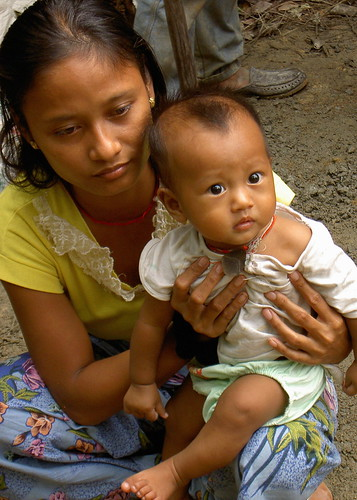 Burmese refugee Mother and Child