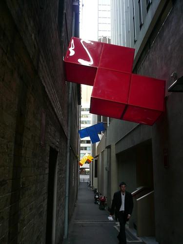 blog voyage australie sydney whv backpacker travel tetris sculpture geante rue