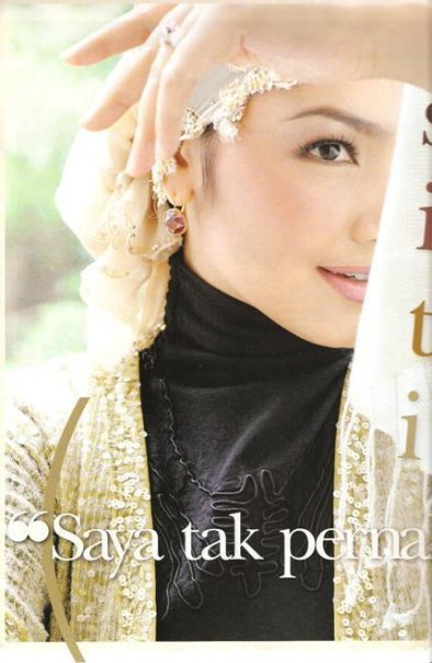 Gambar Ceria Dato Siti Nurhaliza Dalam Majalah Manja Sensasi