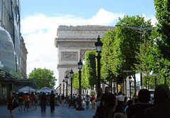 ([  //  QTR) Tags: trees people paris france missing larcdetriomphe streen champslyses albandri eljooj pa3ee