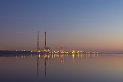 Poolbeg Chimneys at Dawn (Campbell, Paul) Tags: chimney dublin reflection dawn lights towers esb chimneys stacks cooling poolbeg sandymount freezin bleedin ringsend
