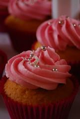 Dottylicious - Barbie cake (tish_rodriguez) Tags: cake barbie cupcake dottylicious