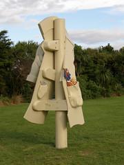 2007-12-23-Stoneleigh-2007-19-02-Feral Overcoat (russellstreet) Tags: newzealand sculpture auckland nzl manukau aucklandbotanicalgardens sculpturesinthegarden2007 stoneleighsculpturesinthegarden2007 feralovercoat warrenviscoe
