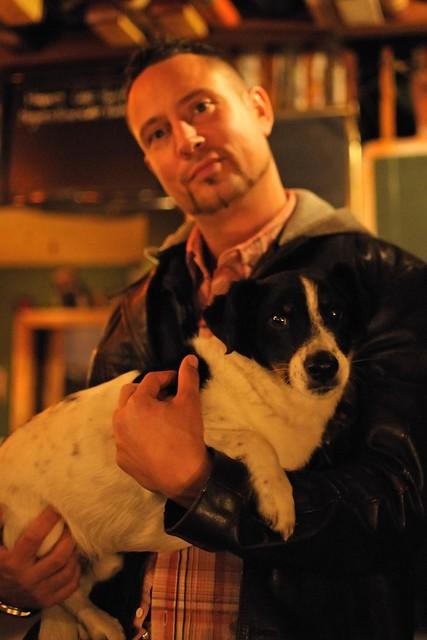 Fred der Pub-Hund