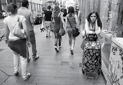 (obtorto collo) Tags: portrait woman donna candid femme young streetphotography pensive unposed ritratto daydreaming jeune selfabsorbed giovane pensierosa assorta spontan sognante