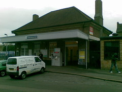 Picture of Carshalton Beeches Station