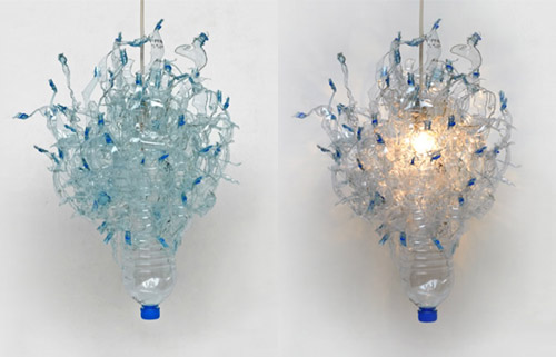 2616941652 86e79a4948 Luminárias com garrafas plásticas