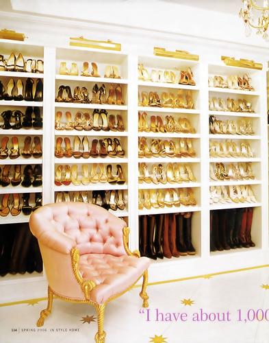Jessica_Condatore_Design_Studio 拍攝的 Mariah Carey's Shoe Closet。
