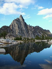Prusik Peak (edman5553) Tags: blue sunset mountain lake inspiration sunrise washington gnome little hiking lakes pass goat peak alpine backpacking cascades mcclellan isolation wilderness tarn annapurna enchantment perfection leavenworth dragontail prusik colchuck enchantments aasgard