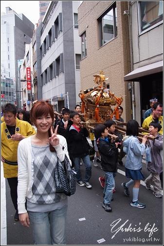 [08東京假期]*C49 上野-巧遇三社祭抬神橋