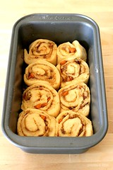 The Making : Sticky Walnut Caramel Cinnamon Rolls