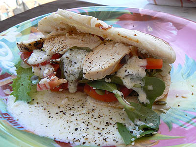 sandwich pita:poulet:graines ....jpg