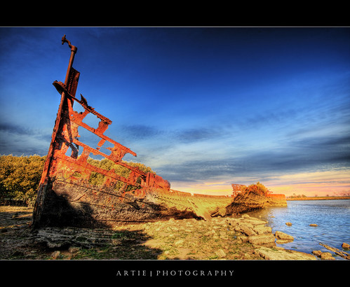 Bringing Back the 'Titanic' :: HDR