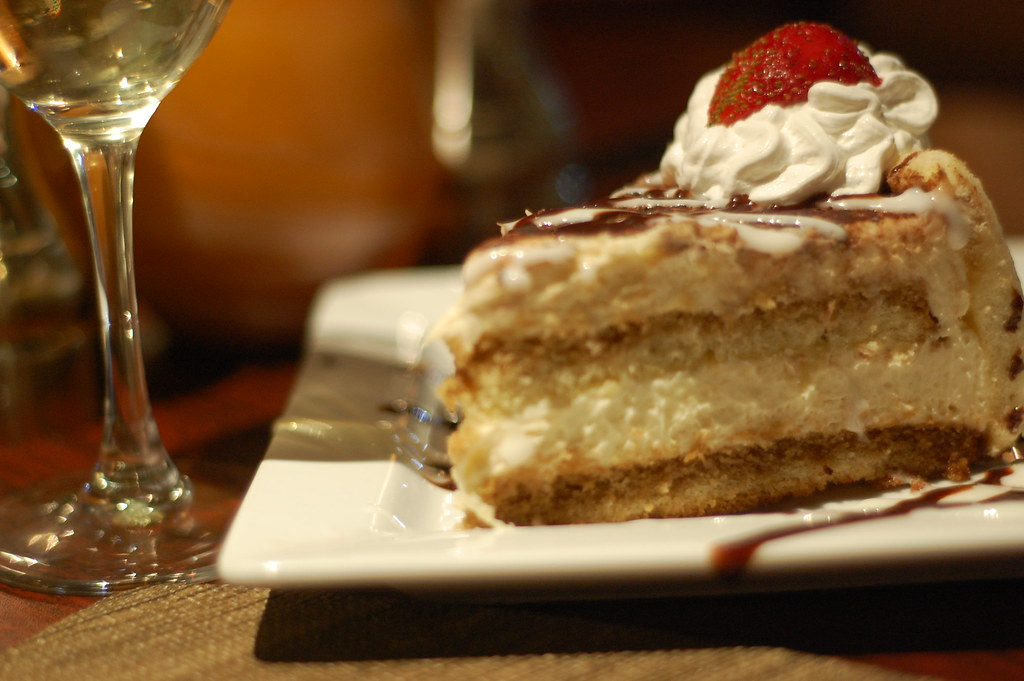 Bliss Coffee and Wine Bar: Dessert and reviews