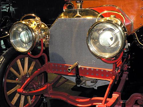 Mercedes-Museum_09