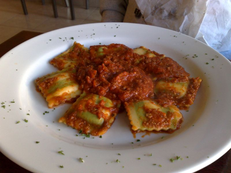 Spinach Ravioli with Meat Sauce
