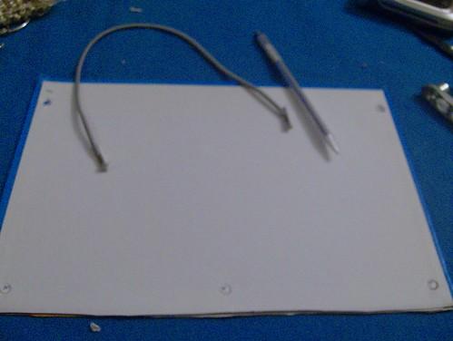 cuaderno agujeros goma
