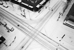 I wonder if Santa ever gets bored of this view (Zeb Andrews) Tags: winter snow cold film oregon 35mm portland frozen pdx intersection nikonfm2 xmarksthespot tacomaartmuseum trafficpatterns bluemooncamera zebandrews theviewfromabove evernoticewithhowmanypeopletheworsetheweathergetsthefasterandcraziertheydrive zebandrewsphotography