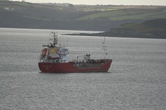 Vadero Highlander anchored in Fal Bay. (john durrant) Tags: uk bay cornwall ship highlander falmouth tanker fal anchored tankship vadero