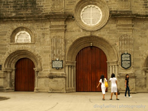 Photographing Barasoain Church