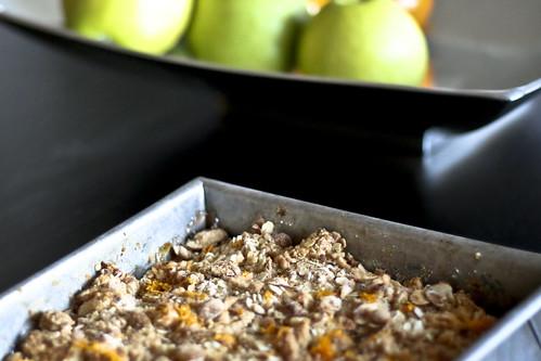 almond nectarine crumble