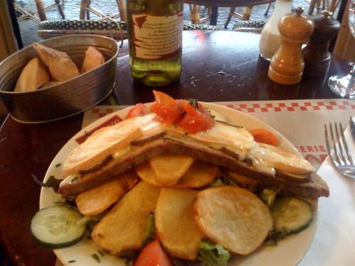 salad at Chez Lili et Marcel