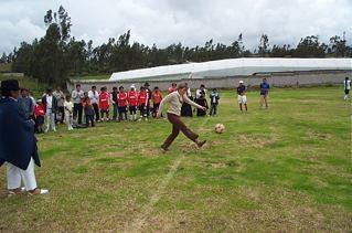 Cotacachi-Football-Kick